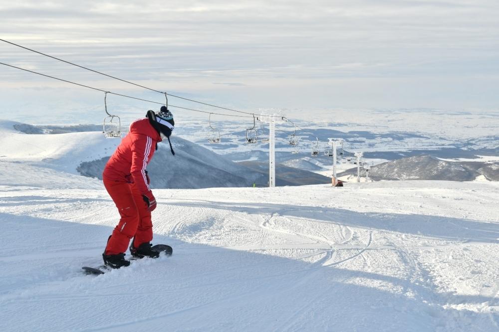 Ladik Akdağ'da kayak keyfi
