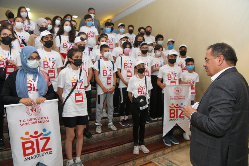 Kastamonulu gençler Başkan Demir'i ziyaret etti